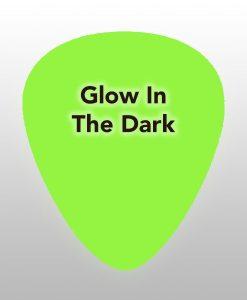 glowinthedark-plectrums