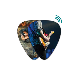 NFC-Chip in ein Gitarrenplektrum